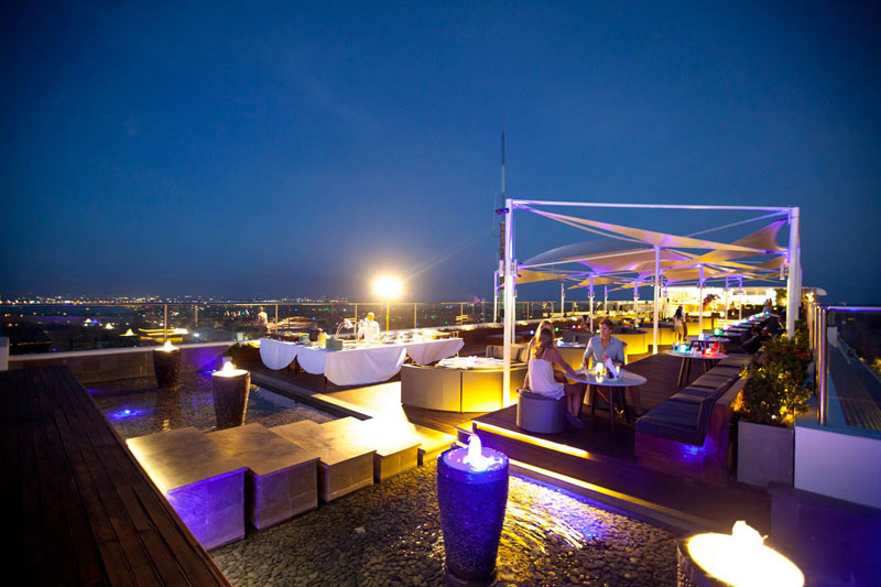 2-jimbaran-rooftop-bar-2