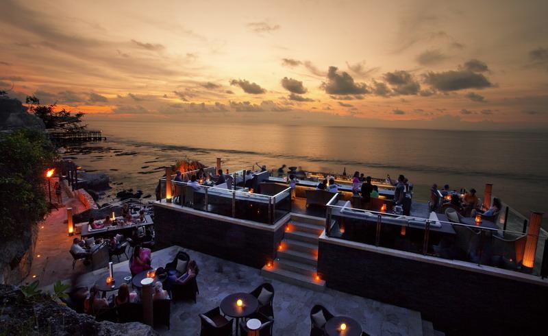 Sunsetting at Rock Bar