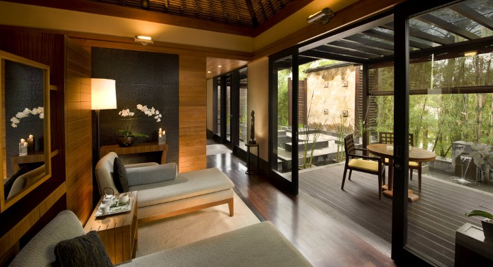 Spa-room-by-Conrad-hotel-4