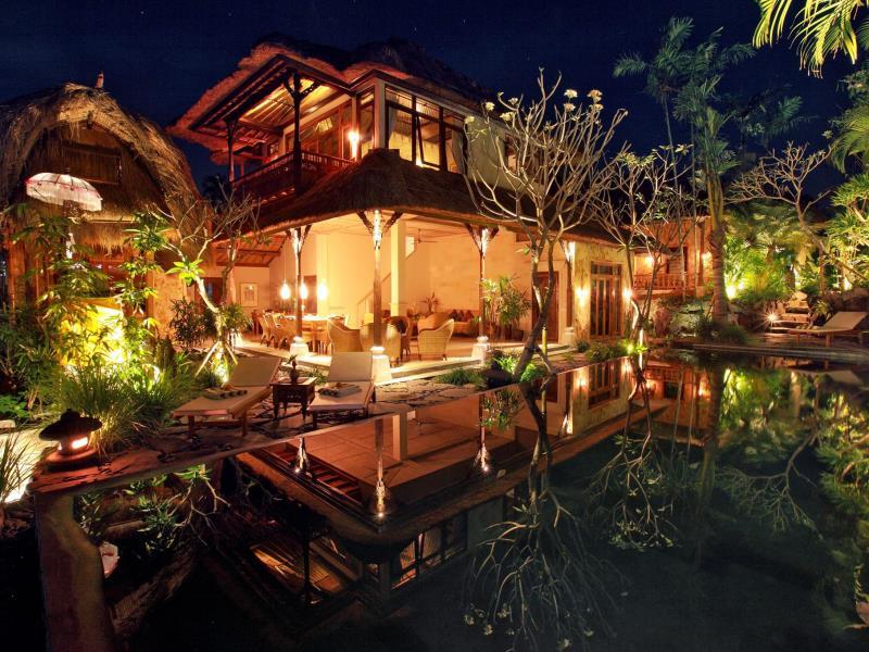 7. outside-ubud-art-villa-by-ubud-art-villa