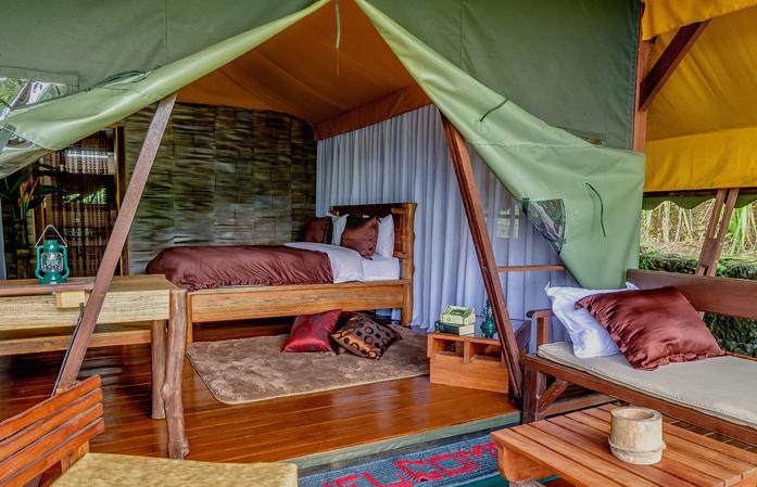 sang-giri-tents-interior