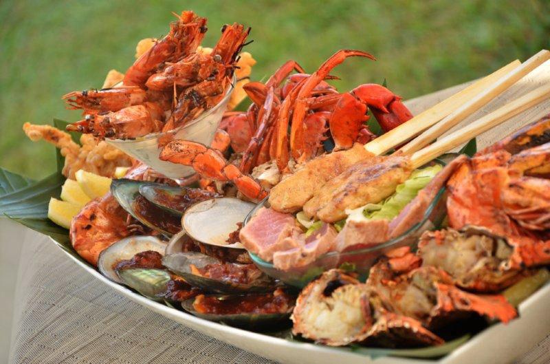 6-4-Rajas-seafood-platter