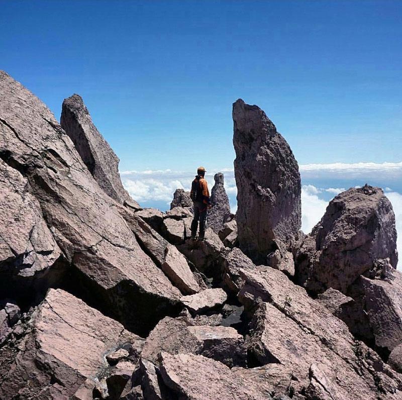 11-1-Gunung-Raung---Puncak-Tusuk-Gigi-by-hamdanii_azmi