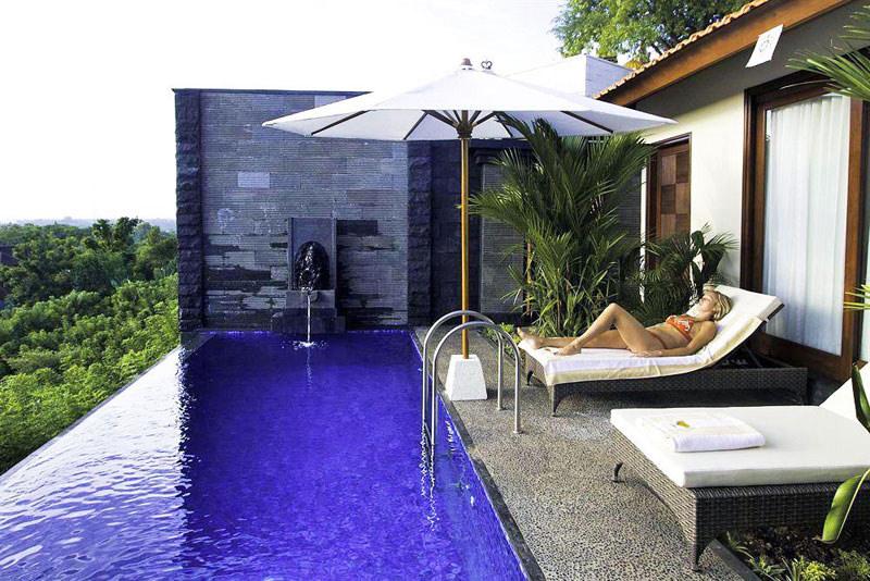 5-Jimbaran-Cliffs-Private-infinity-pool