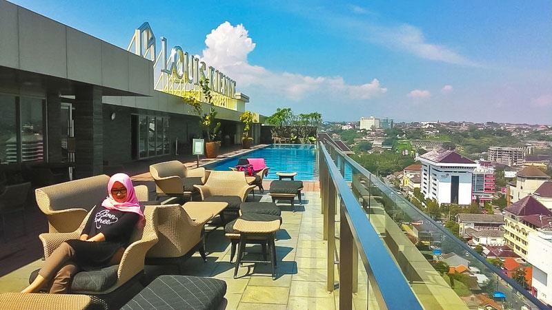 Hotel Ini Berjarak Kurang Dari 100m Simpang Lima Tempat Paling Sempurna Bagi Anda Yang Ingin Merasakan Tinggal Di Tengah Kota Semarang Sini