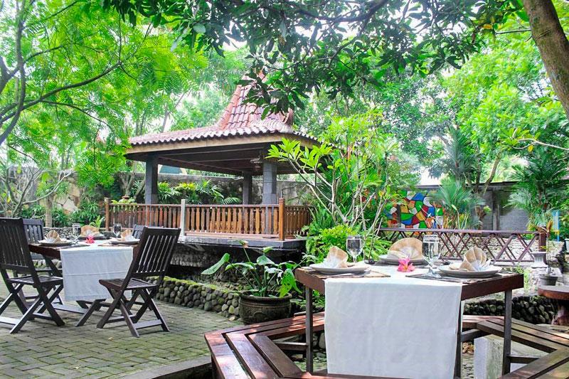 15 Tempat Makan Di Jogja Dengan Pemandangan Keren Dan