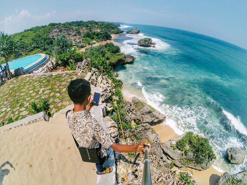 11 Hotel Dekat Pantai Di Sekitar Gunung Kidul Yogyakarta Yang Menawarkan Pesona Keindahan Alam Tiada Duanya