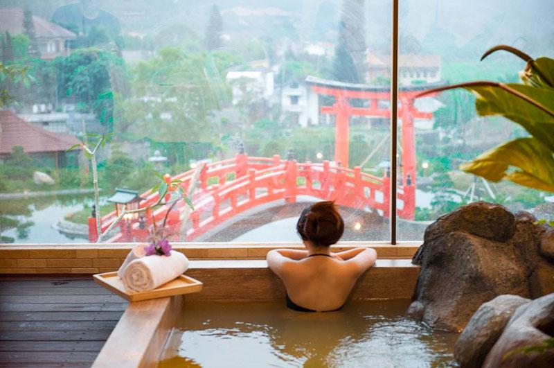 Hasil gambar untuk onsen hot spring malang