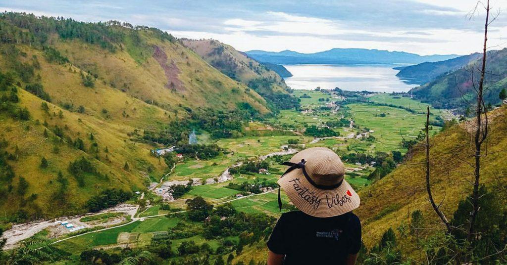 18 Tempat Wisata Keren Di Sekitar Danau Toba Yang Patut Anda Jelajahi