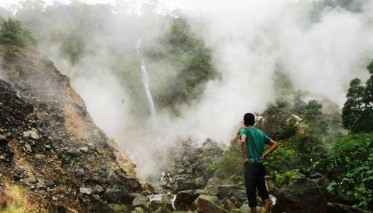16 Air terjun tersembunyi paling indah yang ada di Bogor untuk liburan akhir pekan