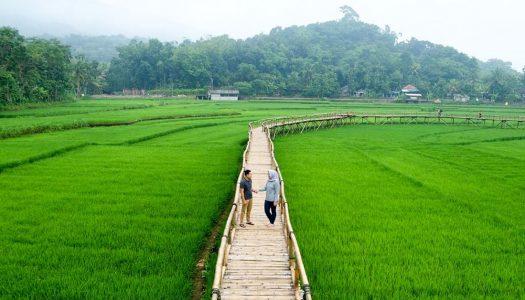 20 Tempat wisata romantis di Jogja dengan hawa sejuk, pemandangan keren dan murah!