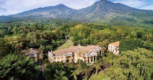 11 Hotel keluarga dekat Surabaya dibawah 750 ribu dengan sensasi menginap di tengah hutan