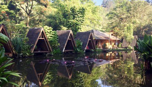22 Tempat makan khas Sunda di Bandung dengan suasana pedesaan nan asri