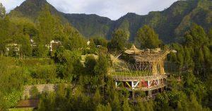 10 Hotel dengan view keren di dekat Gunung Bromo untuk berburu sunrise tanpa perlu begadang