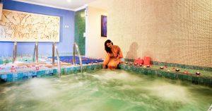 12 Hotel mewah terjangkau di Solo untuk liburan ala sosialita di bawah 500 ribu per malam