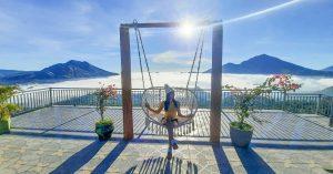 Tempat ngopi di Bali dengan view danau, gunung, dan lautan awan - La Vista Coffee & Roastery