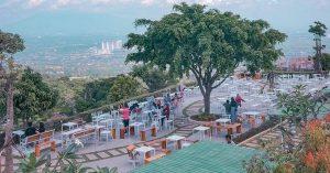 Tempat nongkrong murmer di Bogor dengan view spektakuler - Taman Fathan Hambalang