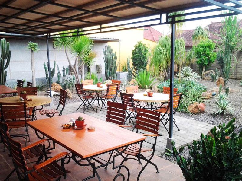 3-g-La-Mexicana---Cactus-Garden--by-La-Mexicana