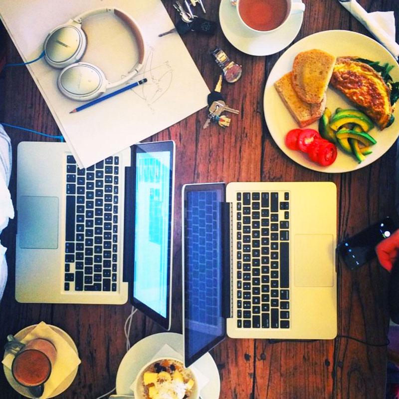 6-3-cafe-vespa-work-via-erictracz
