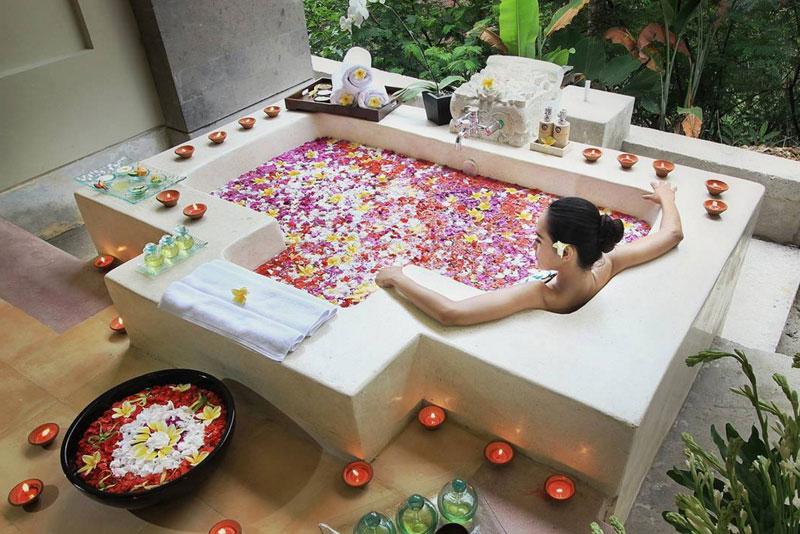 4-3-puri-gangga-spa-bath
