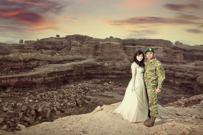 15 Dramatic Pre Wedding Photoshoot Locations In Indonesia
