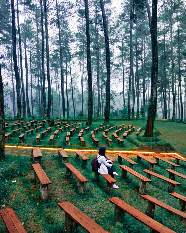 19 Scenic And Instagrammable Places In Bandung For Your Family