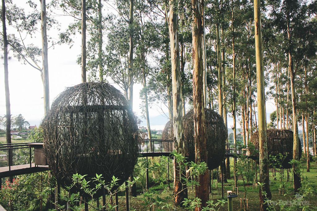 Dusun-Bambu-Lutung-Kasarung-by-Almaviva-Landjanun-1