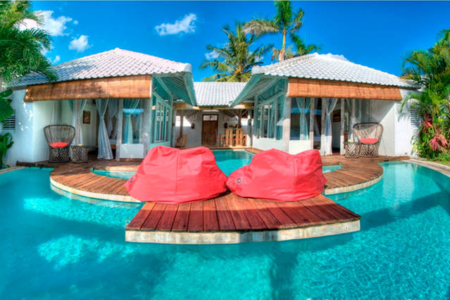 6 Majestic Bali S Water Villas That You Can Jump Into The Water From