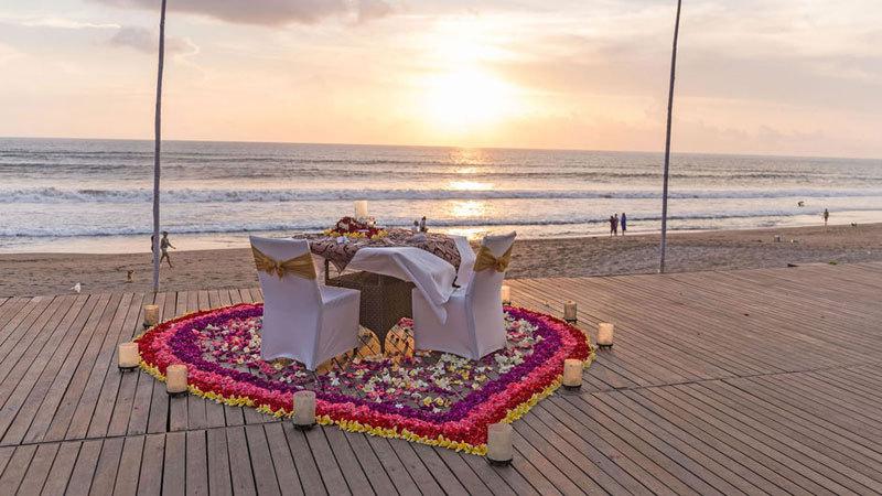 2-romantic-dinner