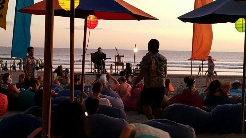 4-Blue-9-Beach-Bar-by-Colleen-D