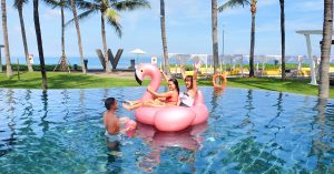 Our W Bali Seminyak review: 11 Crazy beachfront experiences to enjoy Bali's party scene with your besties!