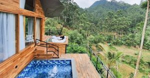 Glamping Legok Kondang Lodge – This glamping stay in Ciwidey, Bandung lets you enjoy an infinity pool in chilly weathers!