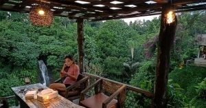 Layana Warung: Dine by a waterfall in Bali
